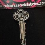 221 B Key (Sherlock Holmes) Needleminder